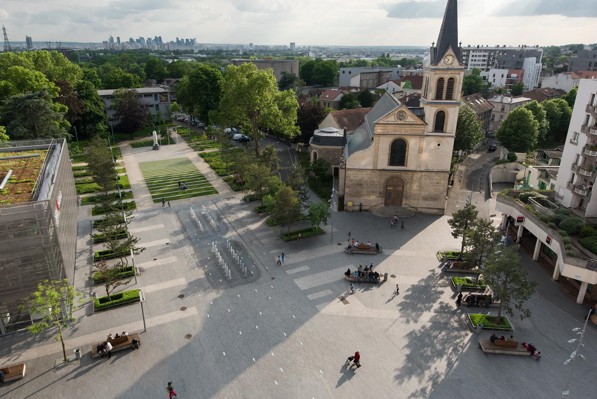 Vue aérienne sur la place jardin René Clair