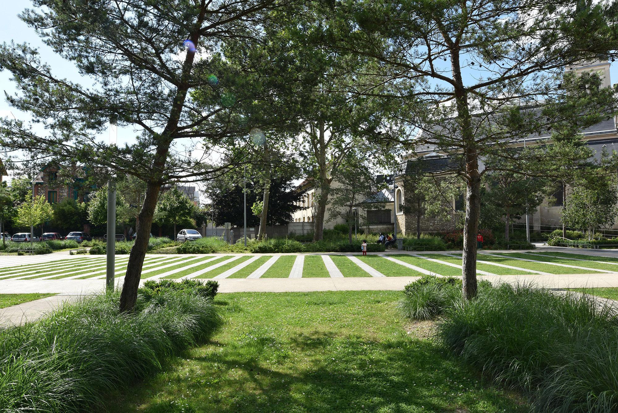 Vue sur le tapis vert et le square du 11 Novembre