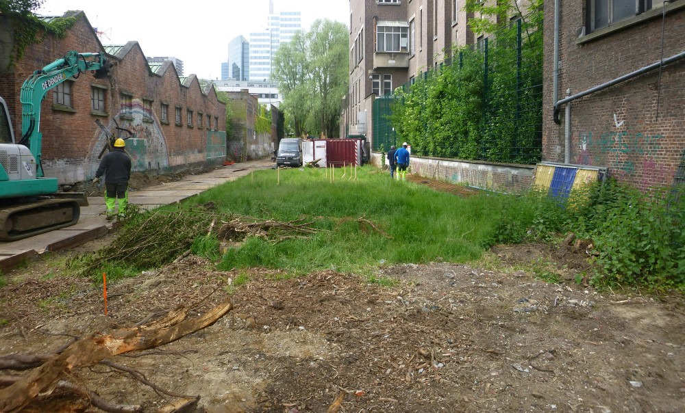 Début du chantier du Parc linéaire de la Senne à Bruxelles - phase de démolition