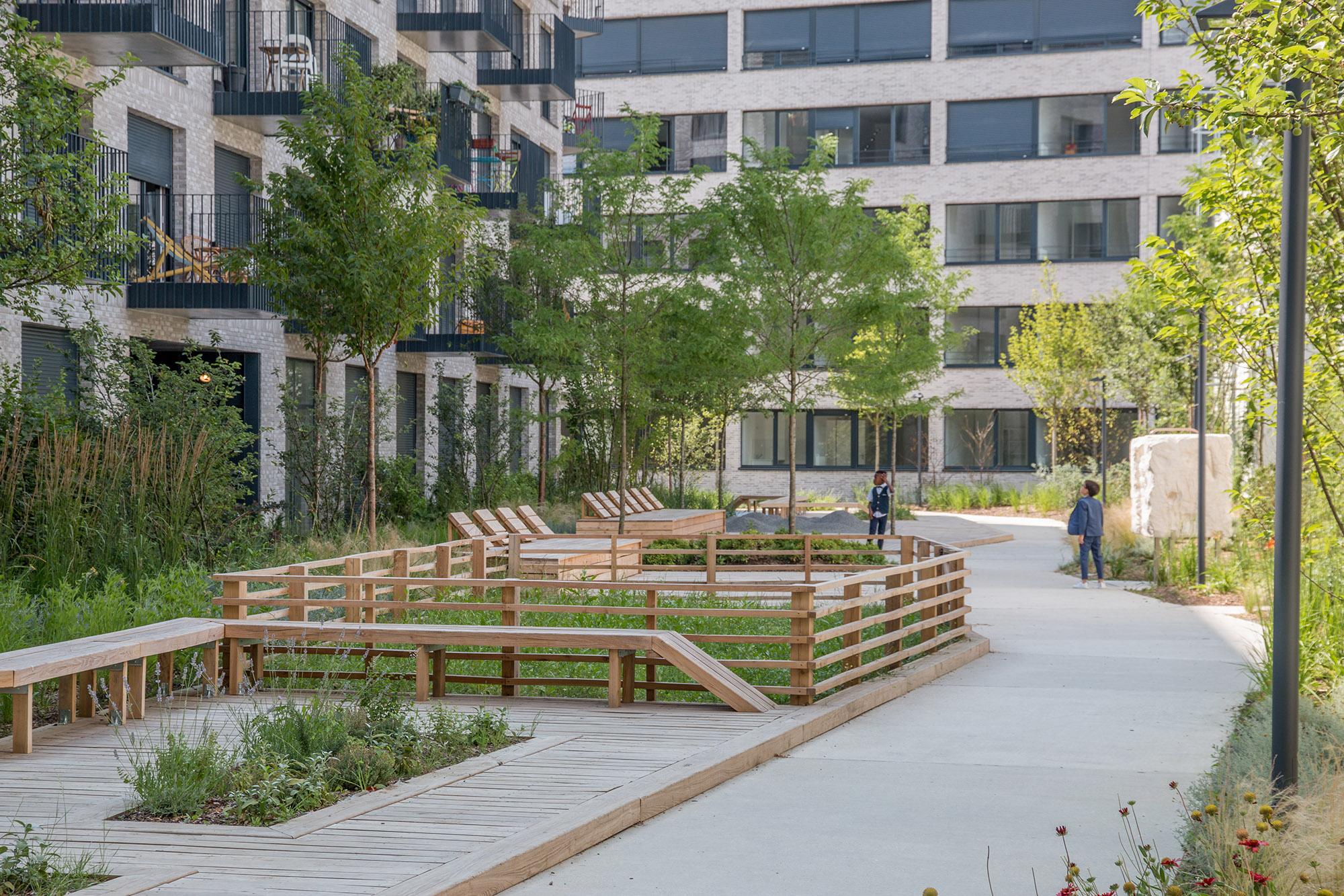 Le jardin communautaire avec l'aire de jardinage partagé - Opération - Pantin Canal - Emerige