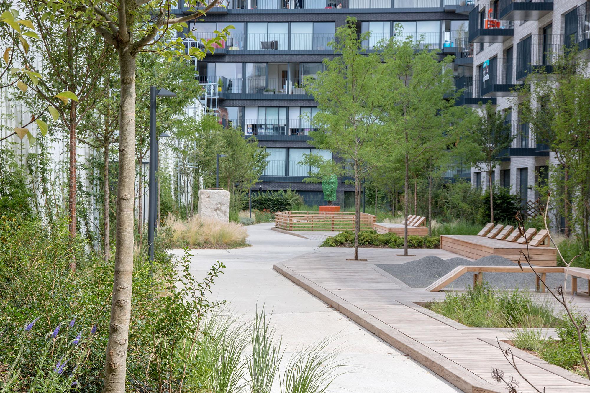 Le jardin communautaire avec l'aire de jeu petite enfance - Opération - Pantin Canal - Emerige