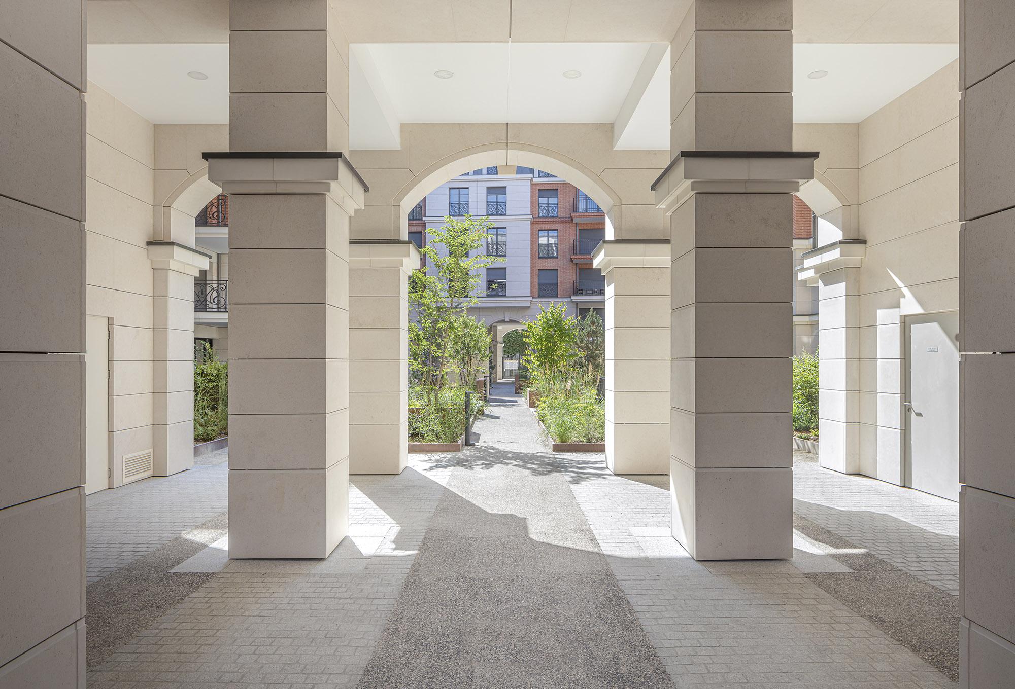 Quartier des Arts - Puteaux - Détail sur le traitement des porches et des perception des jardins intérieurs